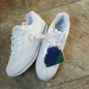 New Chasse girl's cheer shoes Sz 4